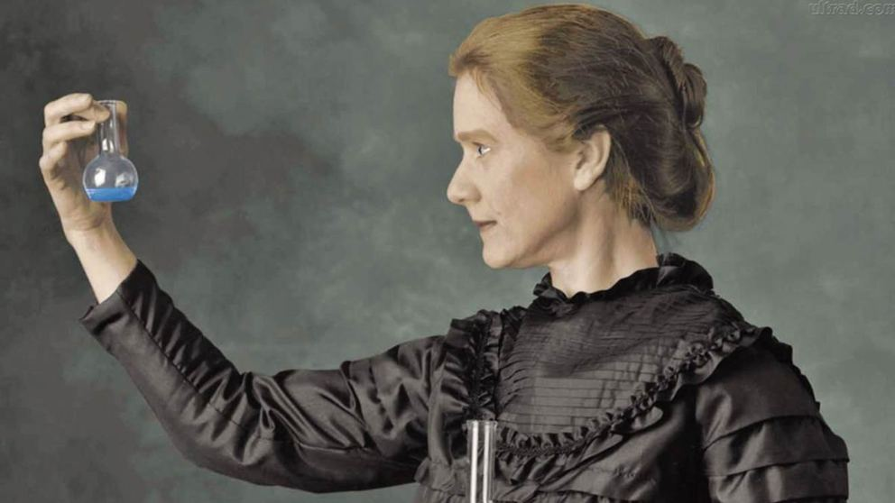 Homenaje a mujeres de la ciencia
