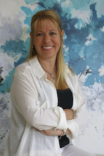 María Lucía Angle